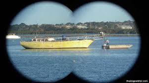 binocular-shot